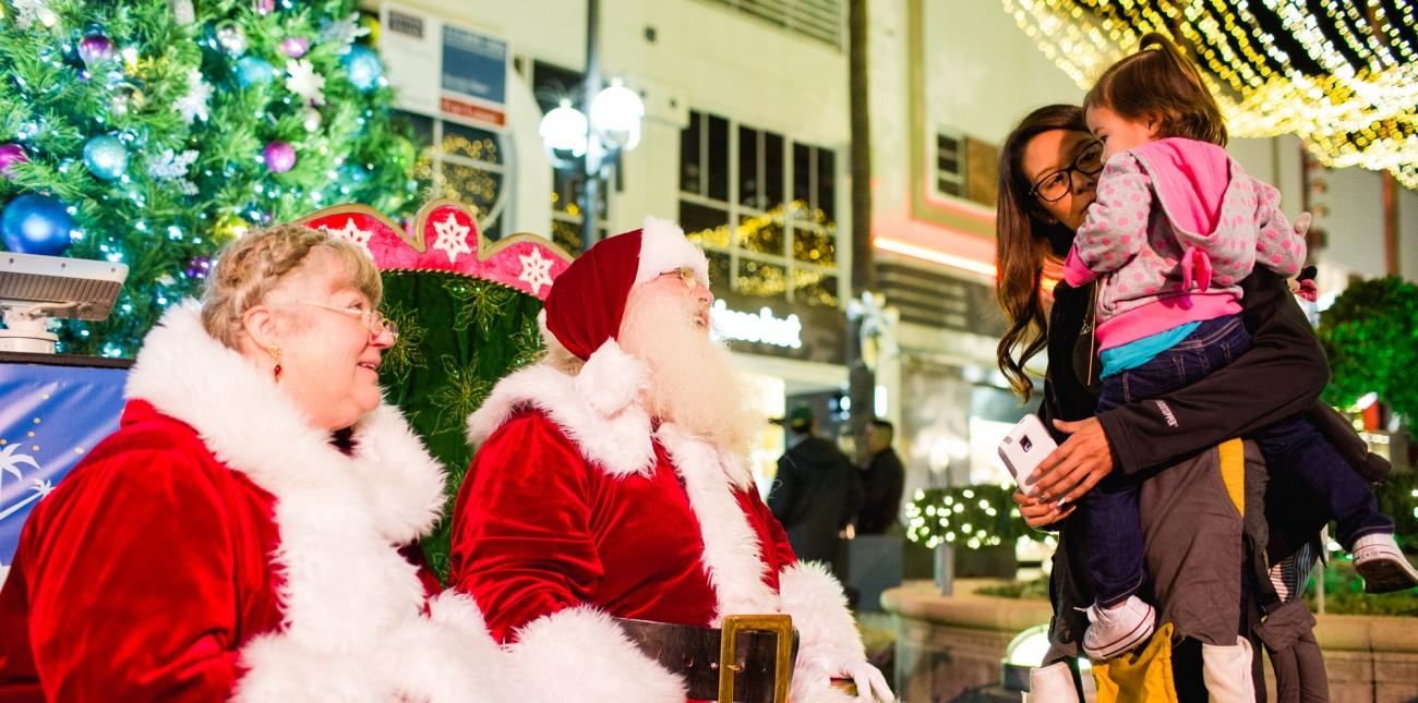 LIGHT UP THE HOLIDAYS IN DOWNTOWN SANTA MONICA